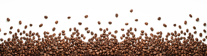 Fototapeta Kawa Panoramic coffee beans border isolated on white background with copy space