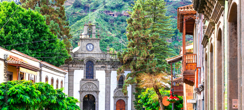 Obraz na plátně Teror - most beautiful traditional town of Gran Canaria
