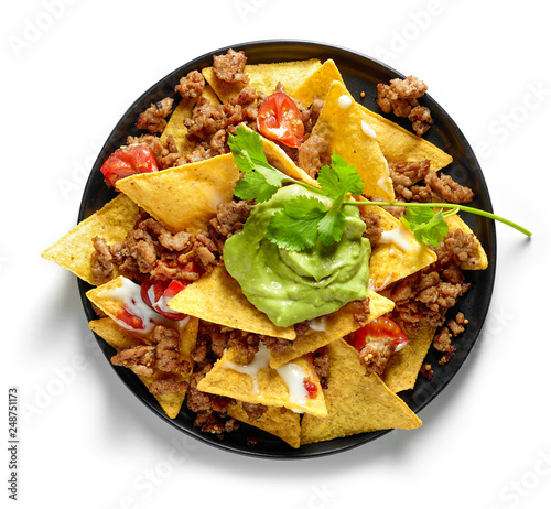 Fotografía corn chips nachos with fried minced meat