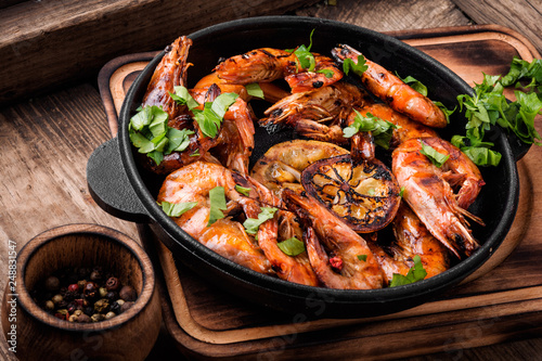 Delicious roasted shrimps Wallpaper Mural