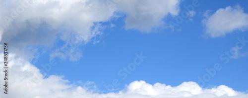 Wolken und blauer Himmel, Banner, Hintergrund und Textur