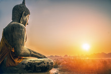 Sitting Budha Statue Facing Sunrising