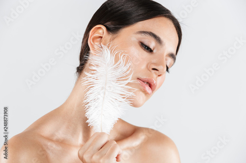 Fotografia  Beauty portrait of an attractive healthy woman standing