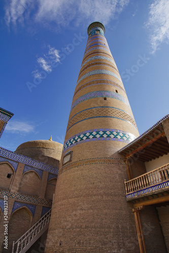 Fotografia  Minarett und Moschee in Chiwa Usbekistan