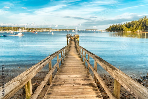 Photo Wooden pier in Southwest Harbor Marina, Acadia National Park, Maine
