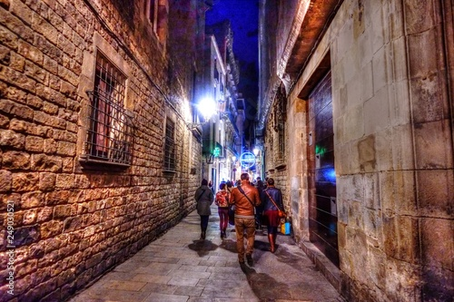 Photo  バルセロナの路地にて