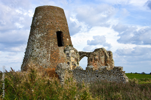 Valokuva  Ruins of St Benet Monastery at Holm - Norfolk Broads - England