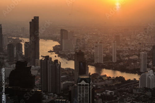 Fototapety, obrazy: Sunset in the building
