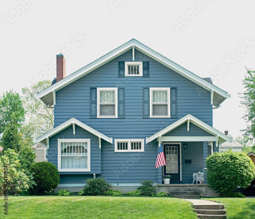 Photo  Basic Blue House with Small Porch