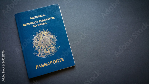 Poster Amérique du Sud Brazilian passport with black background