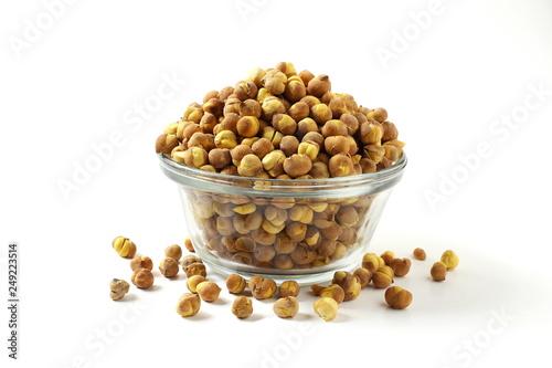 Valokuva  traditional indian roadside street snack food roasted chickpea nut or gram chana