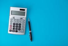 Sliver Calculator On Vivid Blu...