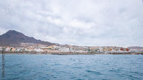 Foto op Plexiglas Poolcirkel view from sea to tenerife canarias