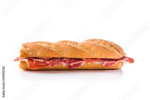 Foto  Spanish serrano ham sandwich isolated on white background