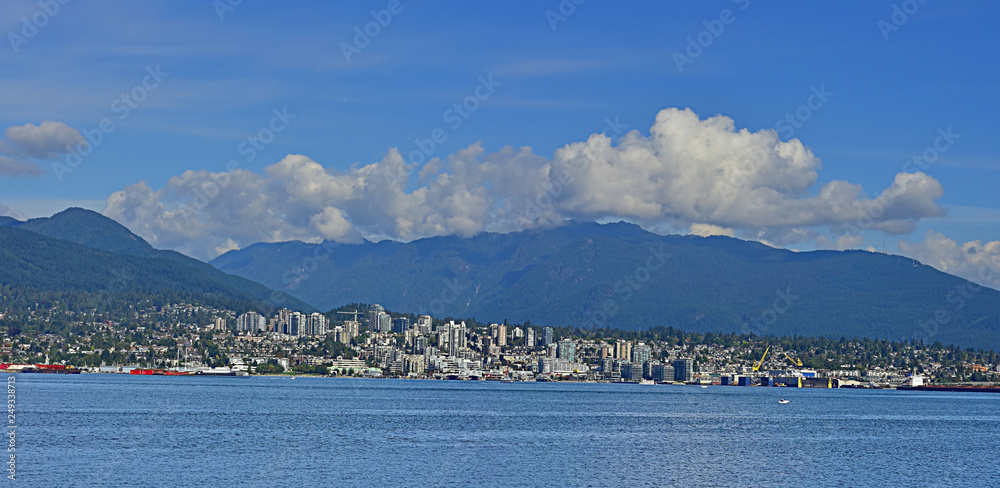 Fototapety, obrazy: Downtown and Port of North Vancouver, Canada