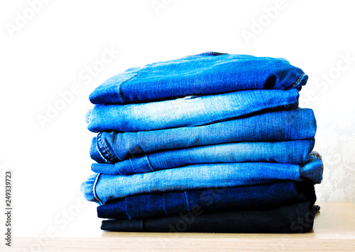 Fotografía  Blue jeans isolated on white background