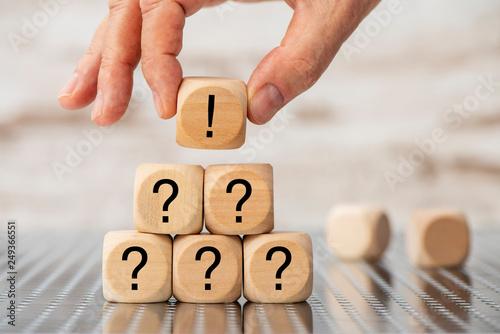 Obraz Frage und Antwort mit Idee und Intelligenz - fototapety do salonu