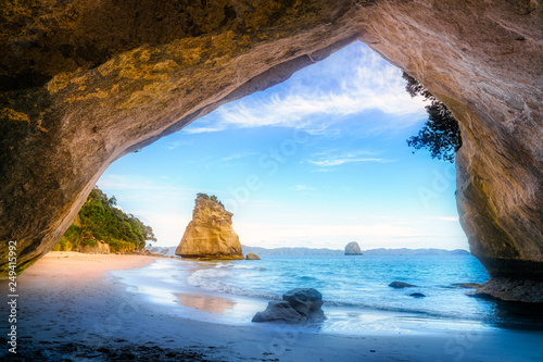 Montage in der Fensternische Cathedral Cove view from the cave at cathedral cove,coromandel,new zealand 50