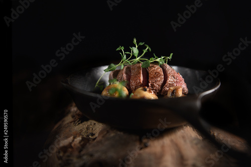 Venison Fillet with Thyme - 249590570