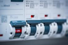 Elektrische Sicherungen In Ein...