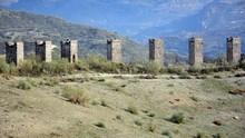 Restos Del Antiguo Acueducto D...