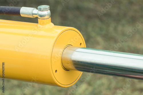 Detail of pneumatic or hydraulic machinery, part of piston or actuator Canvas-taulu