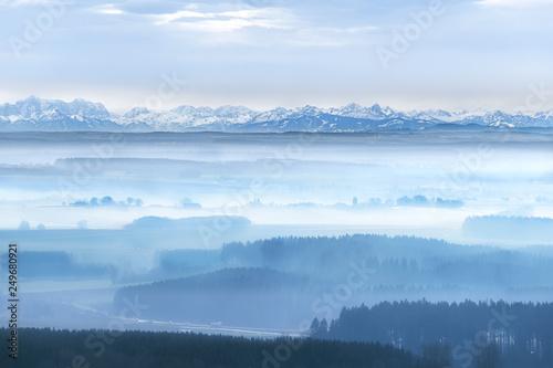 Weitsicht auf die Alpen vom Bussen bei Biberach föhn, winter, schnee, nebel Canvas Print
