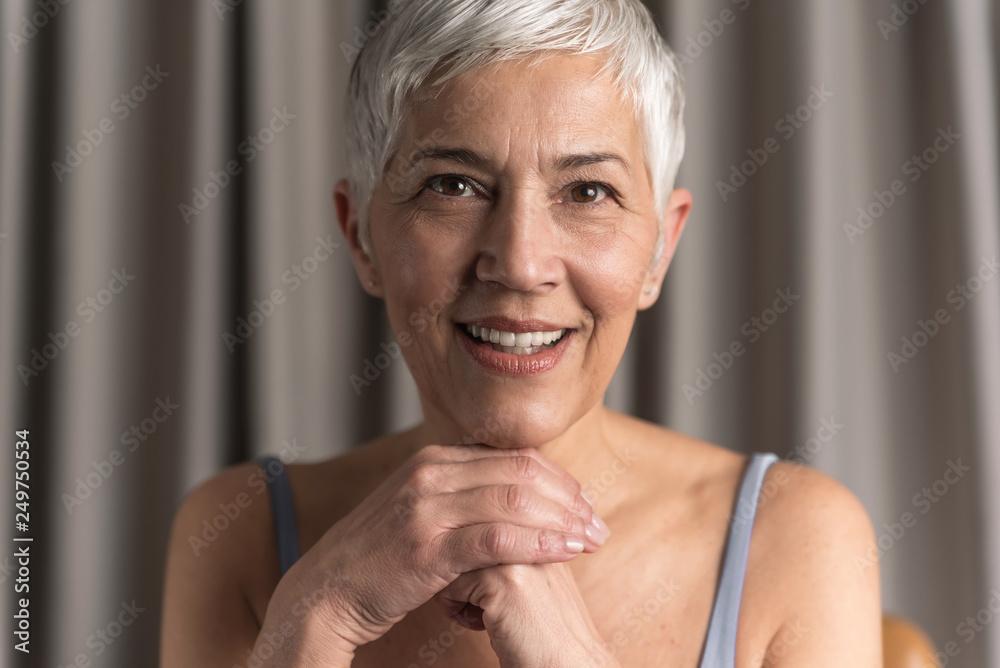 Fototapety, obrazy: Portrait of beautiful senior woman