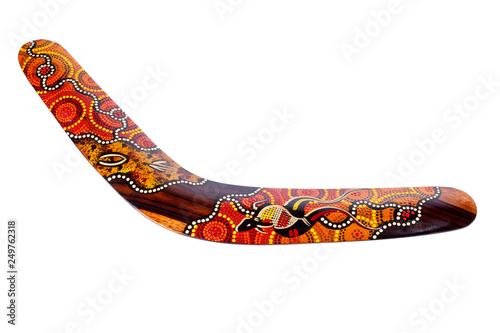 Photo traditional australian boomerang isolated on white background