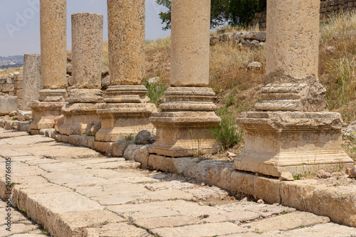 Canvas-taulu Cardo Maximus, main colonnaded street of the Roman city of Jerash, Jordan