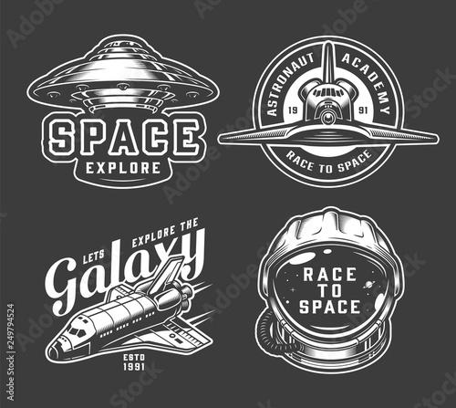 Photo Vintage monochrome space badges set