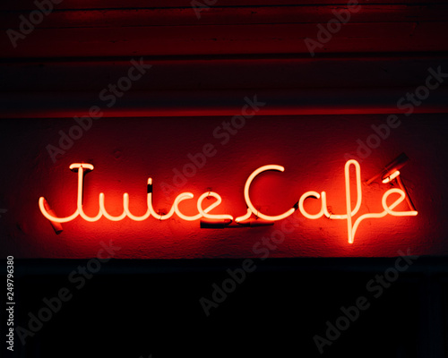 Red Neon Juice Cafe Sign