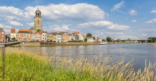 Panorama of historic city Deventer at the IJssel river in The Netherlands Canvas-taulu