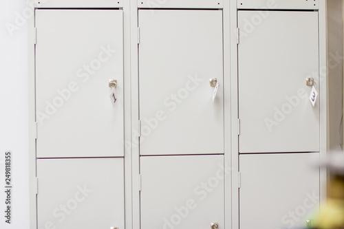 Obraz na płótnie Wardrobe for storage. Luggage storage office.