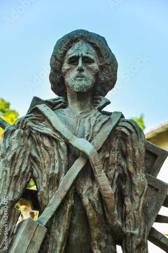 Photo Estatua del pintor Van Gogh en Auvers sur Oise, Francia