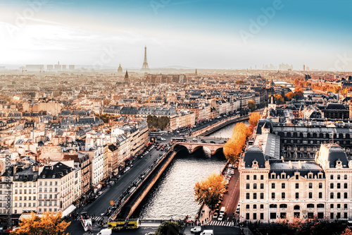 Obraz Paryż, Francja, jesienne kolory - fototapety do salonu