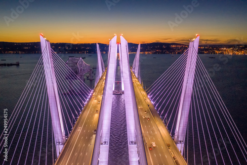 Photo Stands New York Aerial view of the New Tappan Zee Bridge, spanning Hudson River between Nyack and Tarrytown