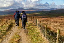 This Circular Cycle Or Walk Explores The Area Surrounding The Yorkshire Town Of Settle. It's A Beautiful Area With Striking Limestone Scenery And Some Challenging Climbs