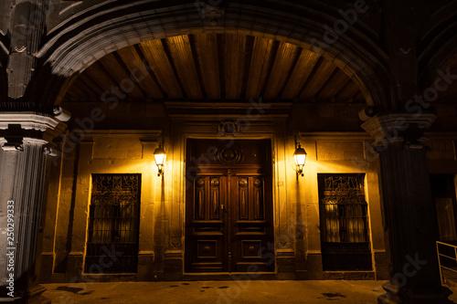 In de dag Temple A door in Queretaro's historic Downtown