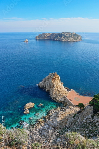 Leinwand Poster Spain Mediterranean sea the Medes islands marine reserve seen from the coast, l'