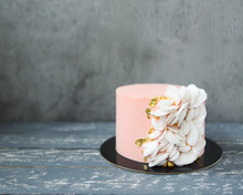 Pink Wedding Cake With Wafer P...