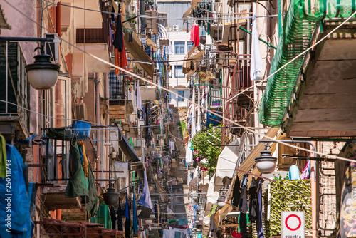 Fotografie, Obraz  Napoli, Qartiere Spagnolo