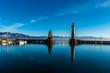 canvas print picture - Lindau Hafen mit Löwendenkmal und Leuchturm Bodensee