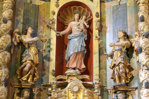 Fotomural Le retable et ses statues latérales