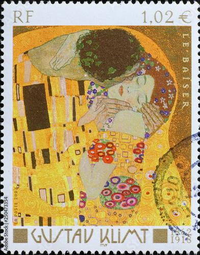 Obrazy Gustav Klimt  detail-of-the-kiss-by-klimt-on-french-stamp