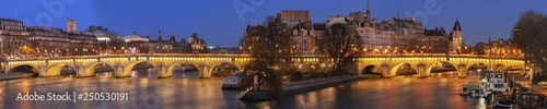 Obraz View of the Pont Neuf across the river Seine in Paris at night , France. - fototapety do salonu