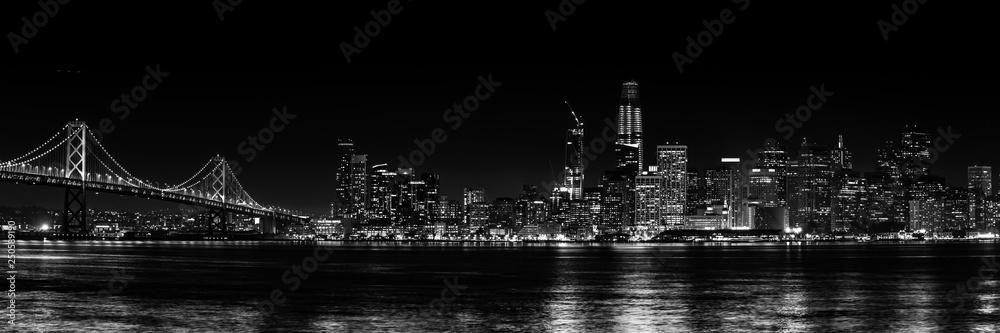 Fototapeta Panorama San Francisco schwarz-weiß bei Nacht