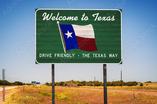Fotomural  Welcome to Texas State Sign