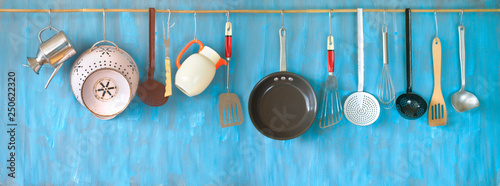 Foto Kitchen utensils for commercial kitchen, restaurant,cooking, kitchen and food concept