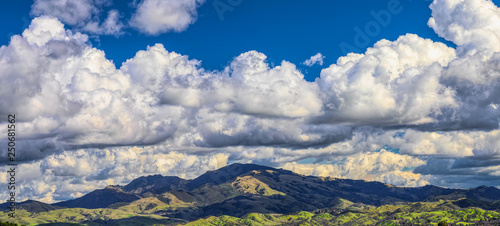 Mt. Diablo panorama with clouds Fototapet